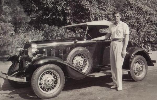 johnnyweissmuller32chevrolet