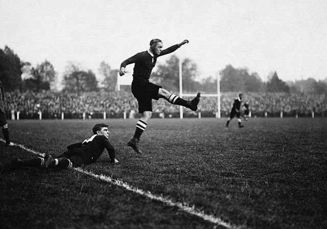 vintage Rugby place kicker