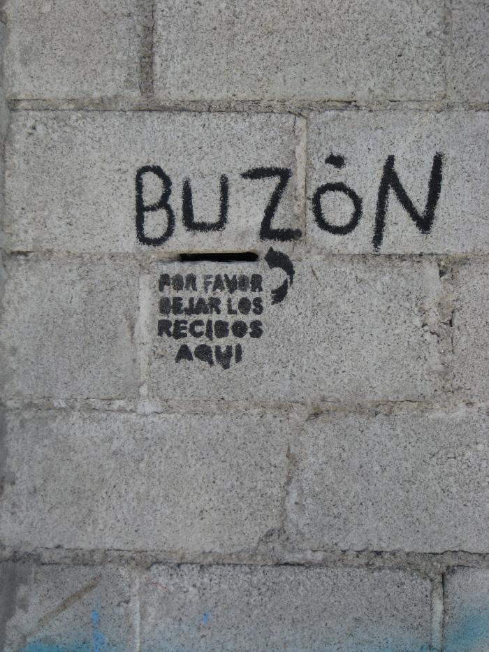 Guatemalan mail slot