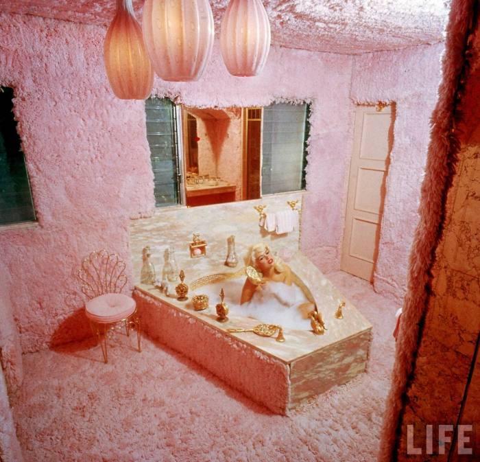 Jayne Mansfield's pink shag master bathroom disaster.