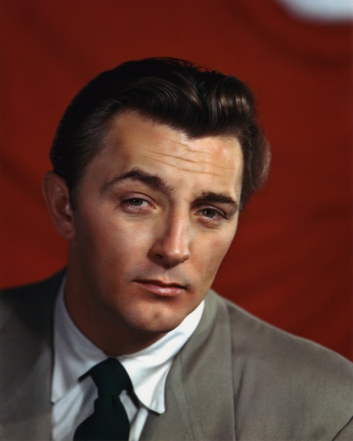 robert mitchum white shirt