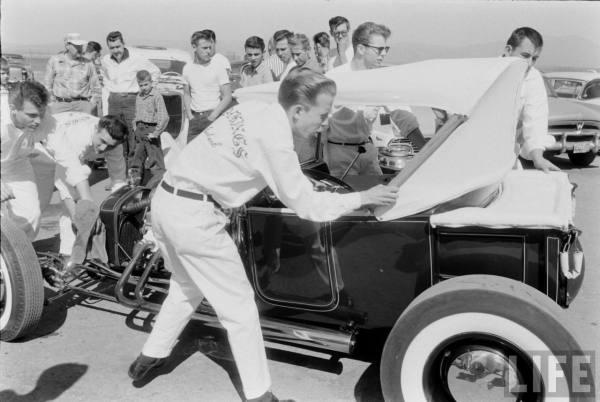 Tony Ivo and the Road Kings crew at the Santa Ana Drag Strip