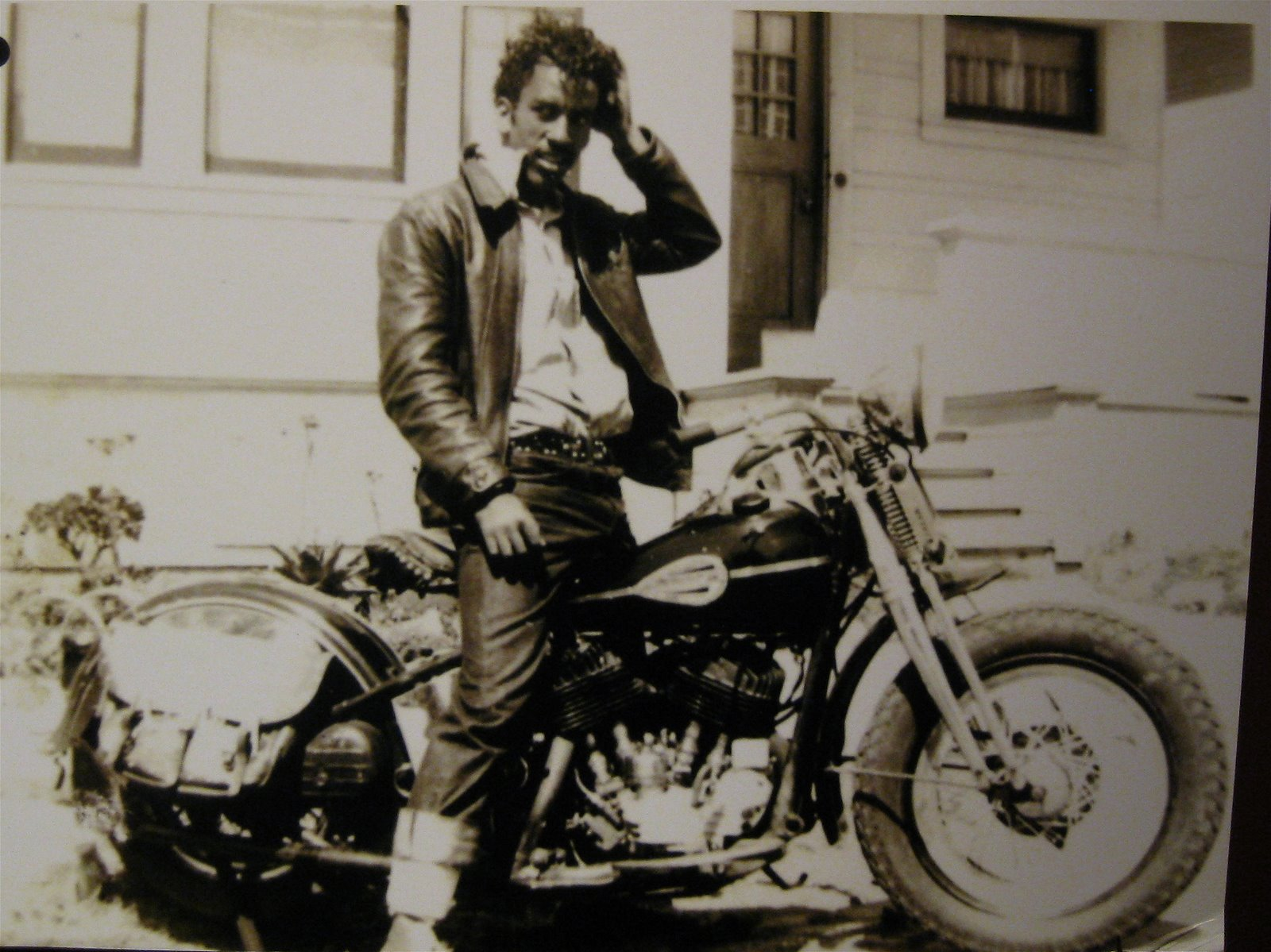 Ebony Female Models On Motorcycles http://theselvedgeyard.wordpress.com/2009/05/02/soul-on-bikes-black-chrome-the-history-of-black-america-motorcycle-culture/