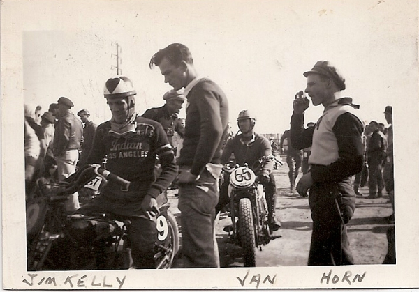 NOSTALGIA - Page 38 Rebel_horn_at_races