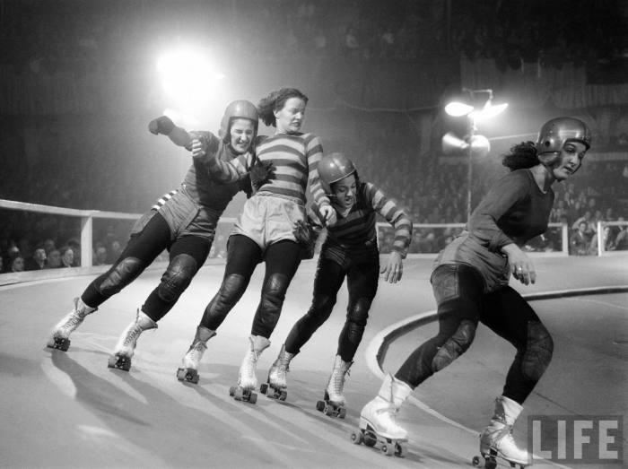 Vintage Roller Derby Girls