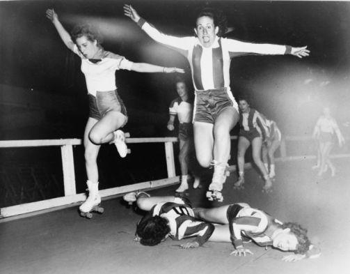 roller derby women vintage photo from back in the day - no headgear