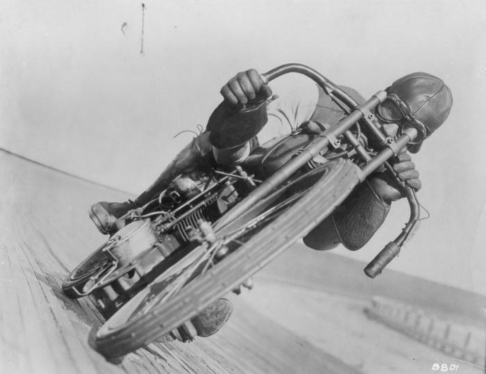 Motorcycle racing legend Otto Walker in action.