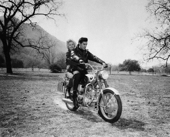 Elvis Presley - Barbara Stanwyck