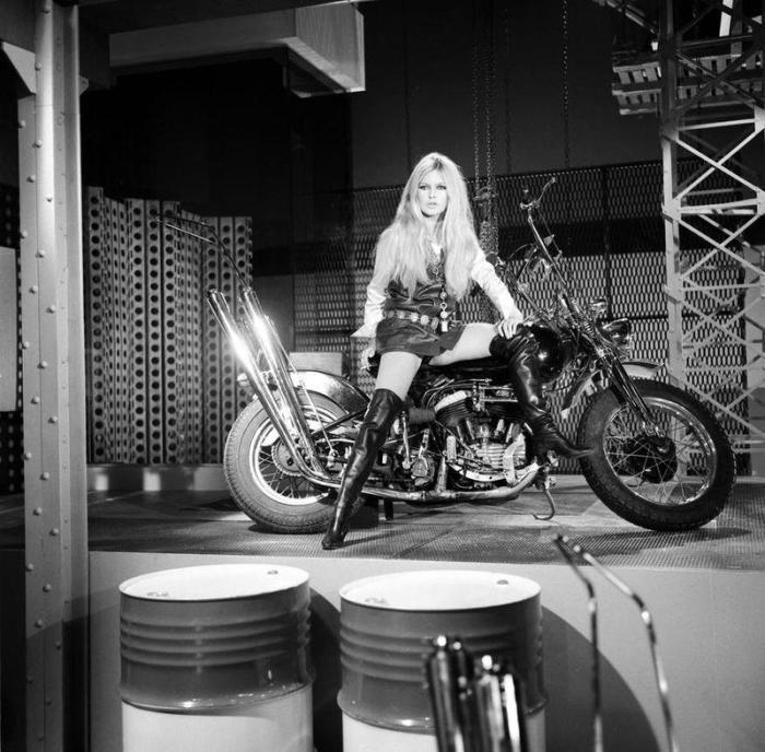 brigitte bardot motorcycle