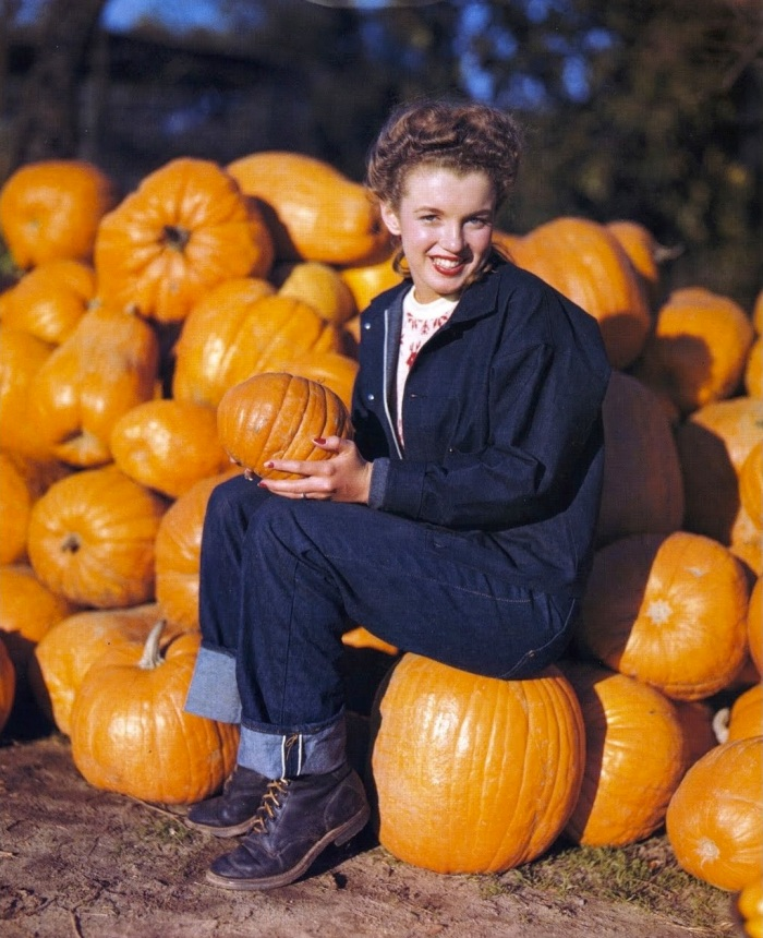 marilyn_05_pumpkins