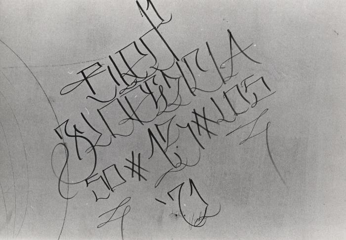Graffiti Drawings Blood Gang Tatoos