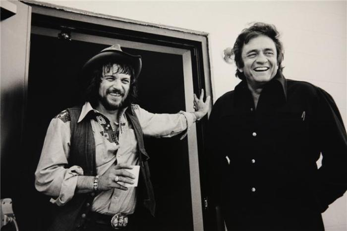 Waylon-Jennings-Johnny-Cash-1974