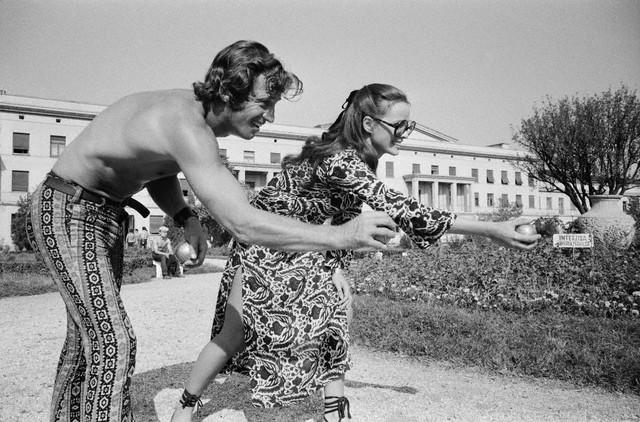 Jean-Paul Belmondo and Italian actress Laura Antonelli