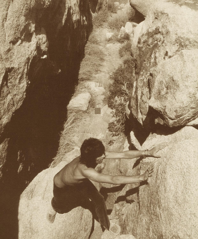 Ma che ci fa Keith Richards a Joshua Tree?!? Scala?!? Keith-richards-joshua-tree-boulder-climbing