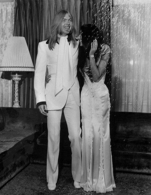 June 30 1975 Gregg Allman Chers Wedding Photos The Couple Were Wed In Las Vegas On A Lear Jet Just 3 Days After Divorce From Sonny Bono Was
