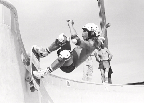 Jay Adams at Marina Del Rey Skatepark in 1978. Photo taken and owned by David Scott. Source:  http://selvedgeyard.com/2012/12/23/the-unlocking-of-americas-cement-playground-dogtown-z-boys/