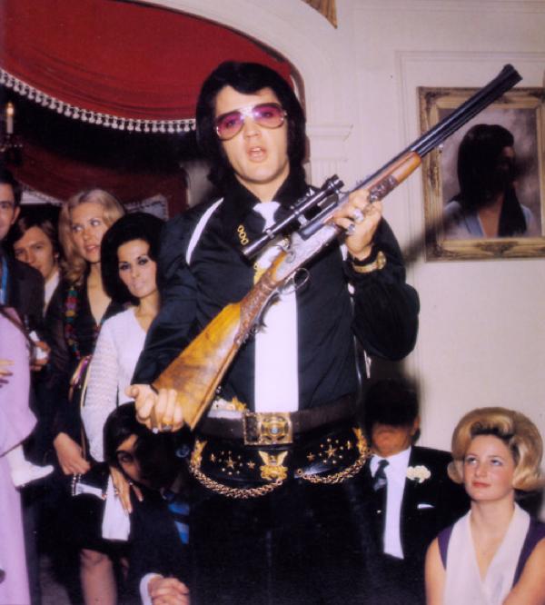 ELVIS PRESLEY GUN