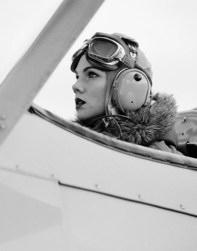 AIR FAST SCOTT POMMIER BI-PLANE PHOTOGRAPHY