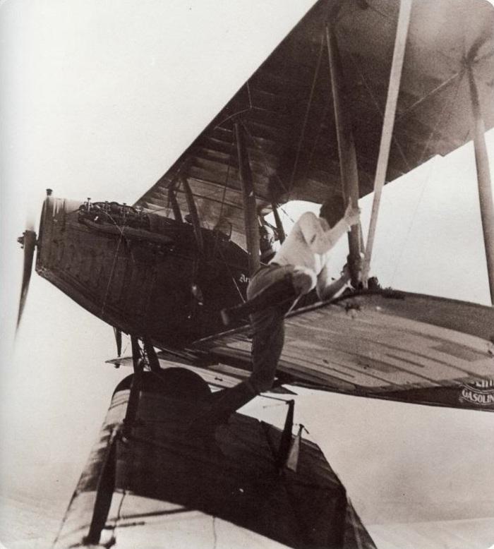 Gladys Ingle 13 Black Cats plane