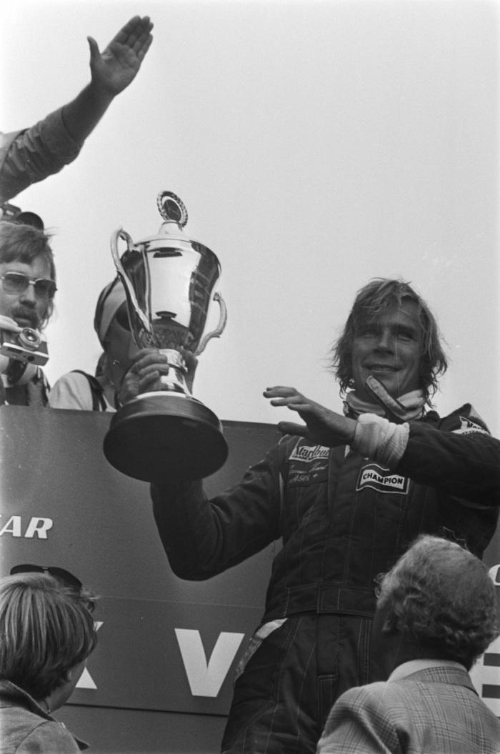James_Hunt_-_Dutch_GP_1976