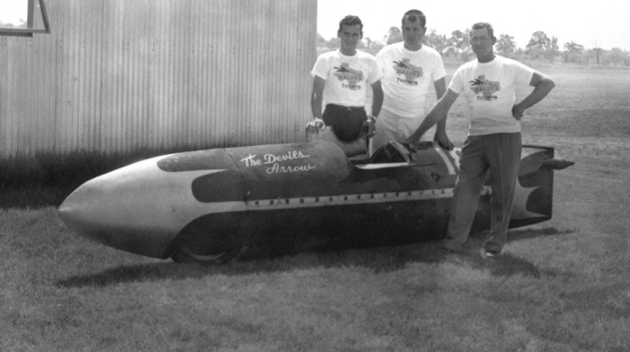 3749.03-Triumph Devils Arrow streamliner motorcycle