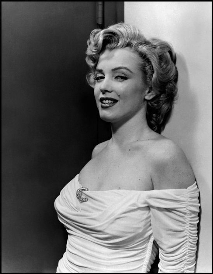 marilyn monroe philippe halsman dress 1952 profile 700