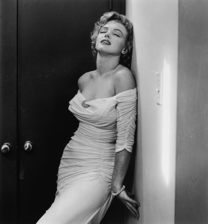marilyn monroe philippe halsman dress 1952
