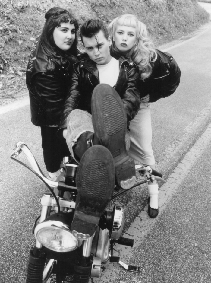 still-johnny-depp,-traci-lords-ricki-lake-cry-baby-(1990)