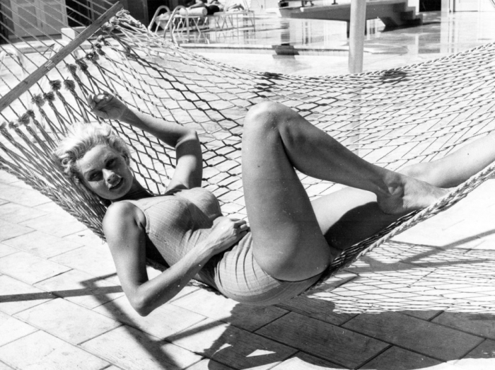 irish-mccalla-swimsuit-hammock-model