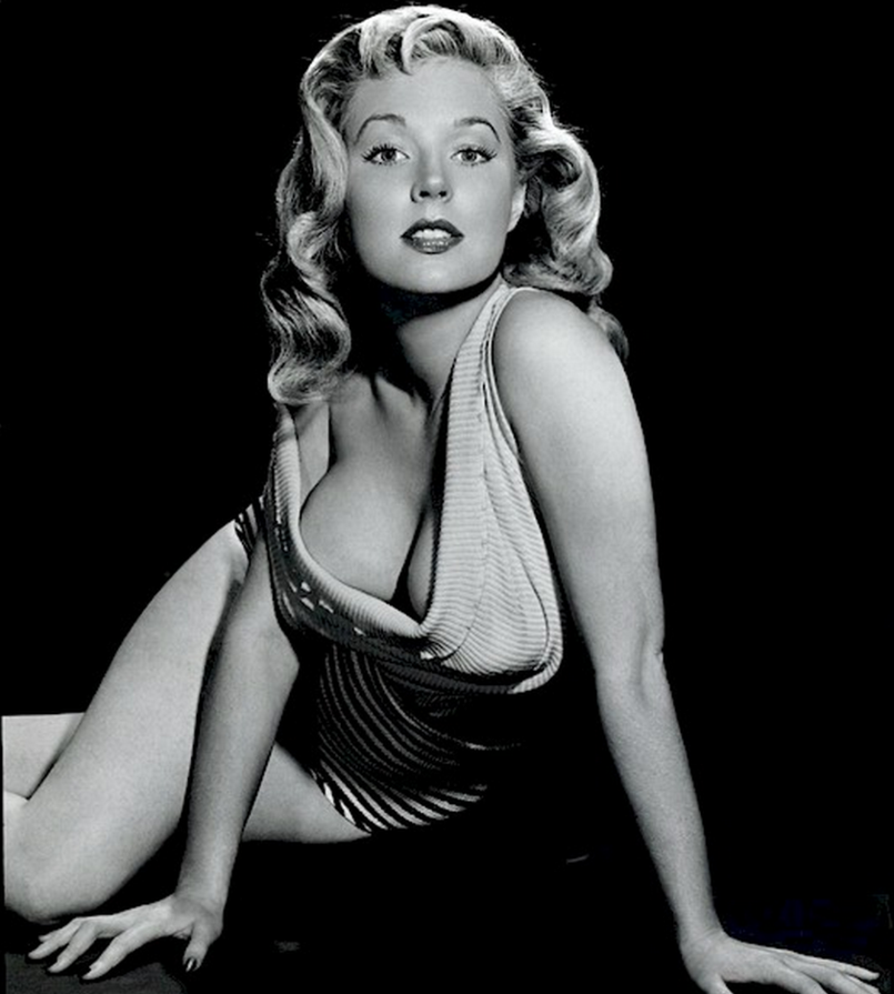 betty brosmer cleavage