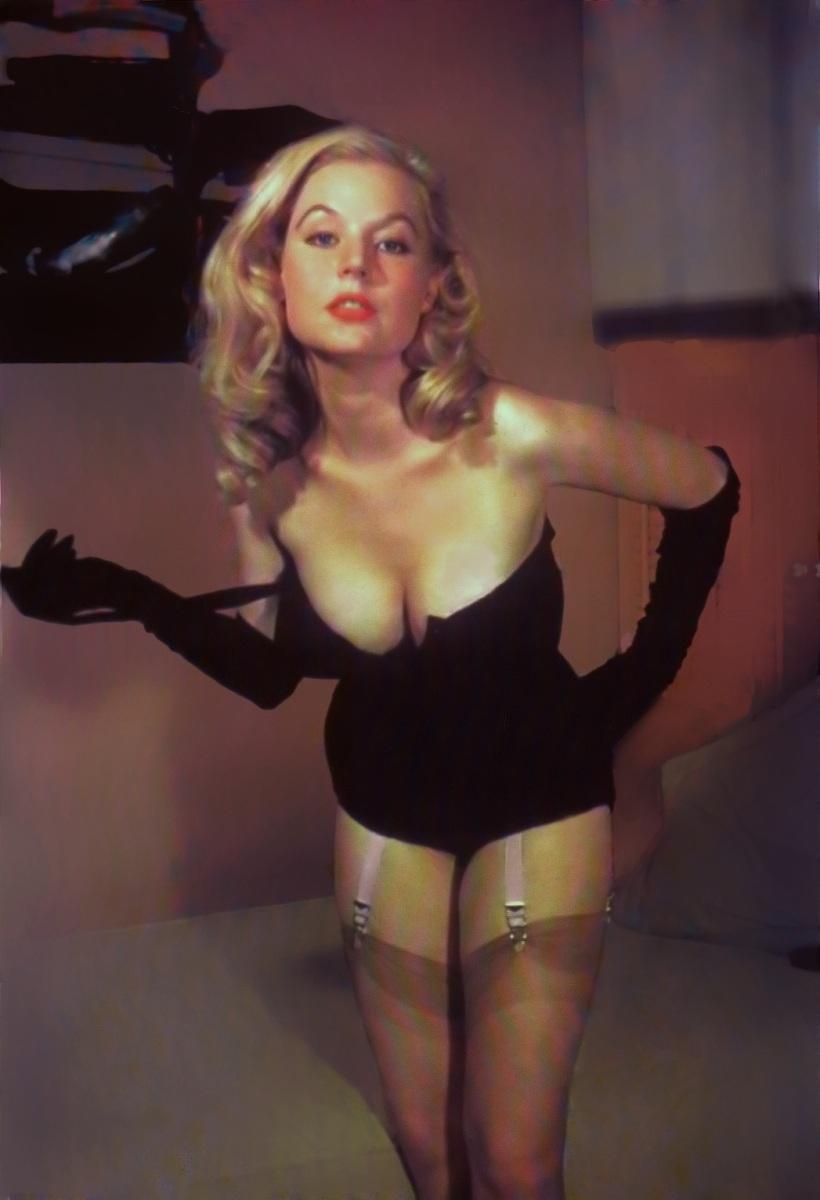 betty brosmer lingerie photo