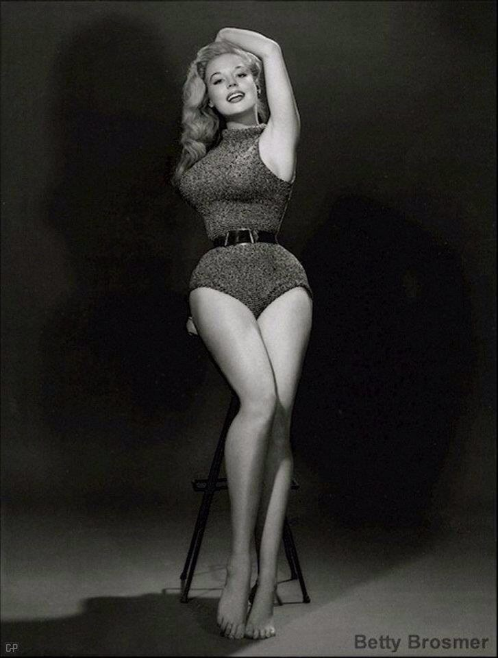 betty brosmer pinup