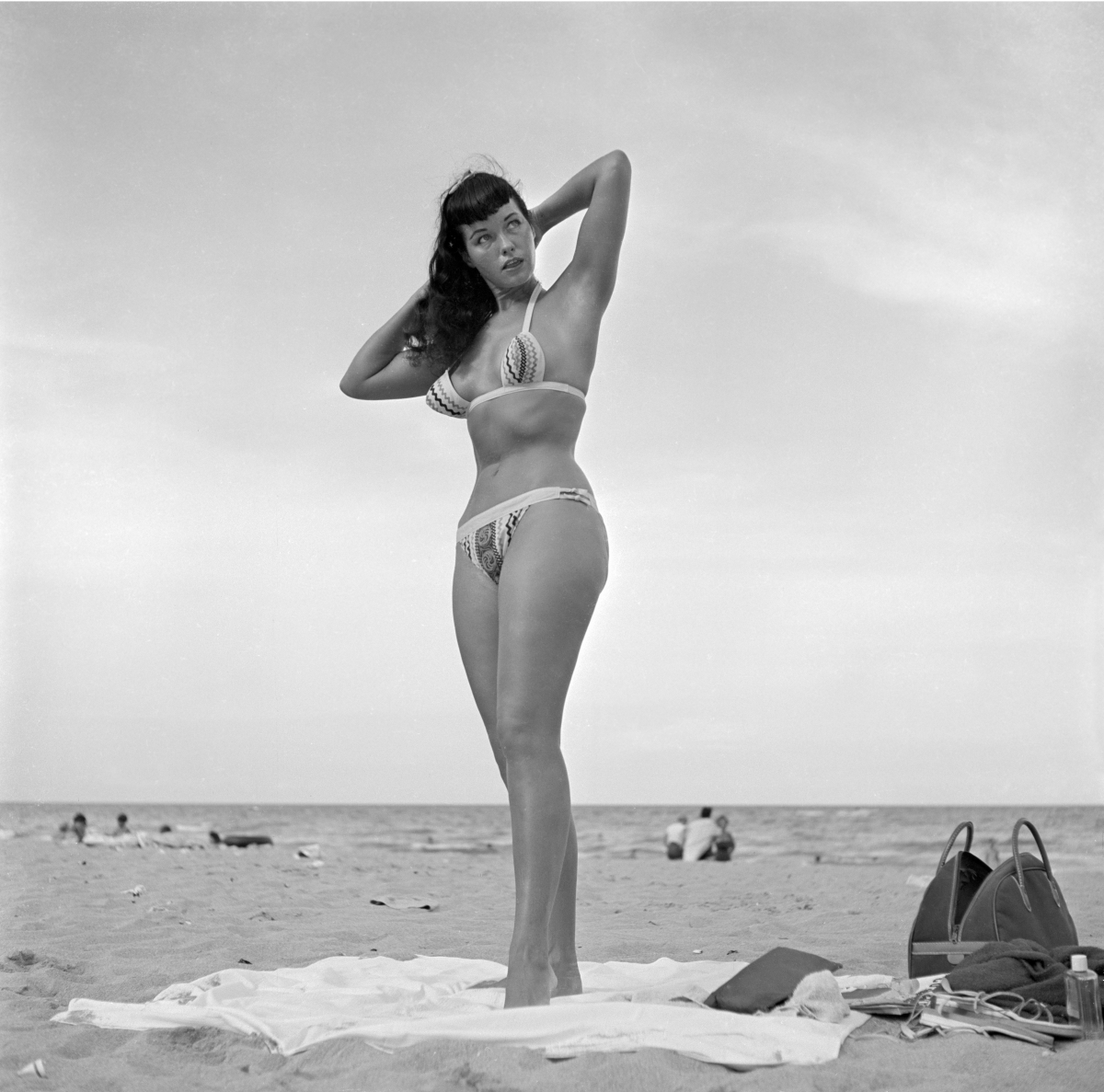 Bettie Page bunny yeager florida beach photo shoot _p019