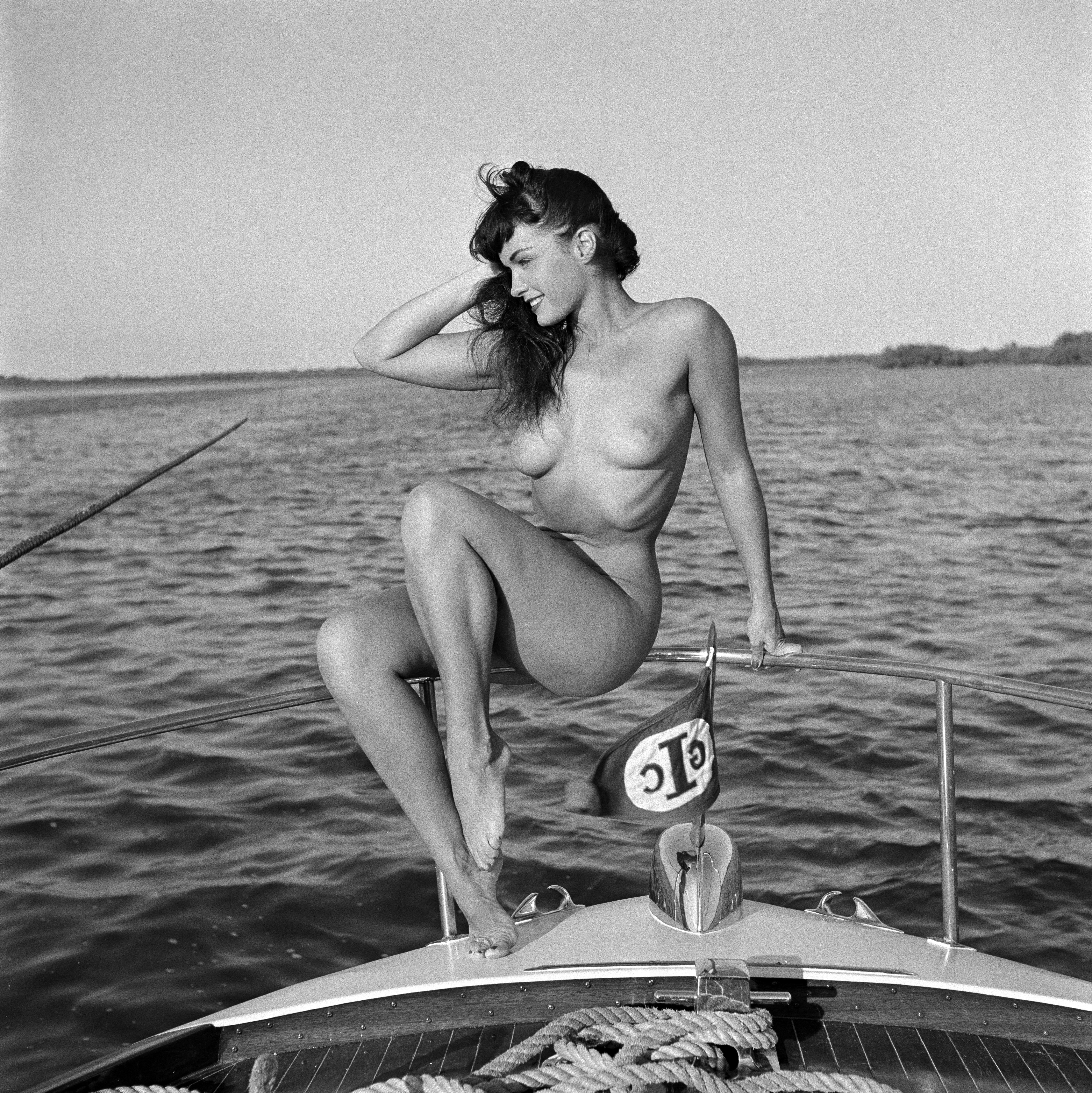 Kate beckinsale photos nude semi-nude