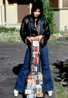 joan jett 1977 the runaways guitar case