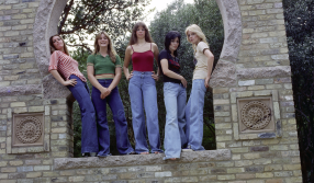 the runaways girl band photo