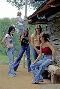 The-Runaways-in-1977-the-runaways