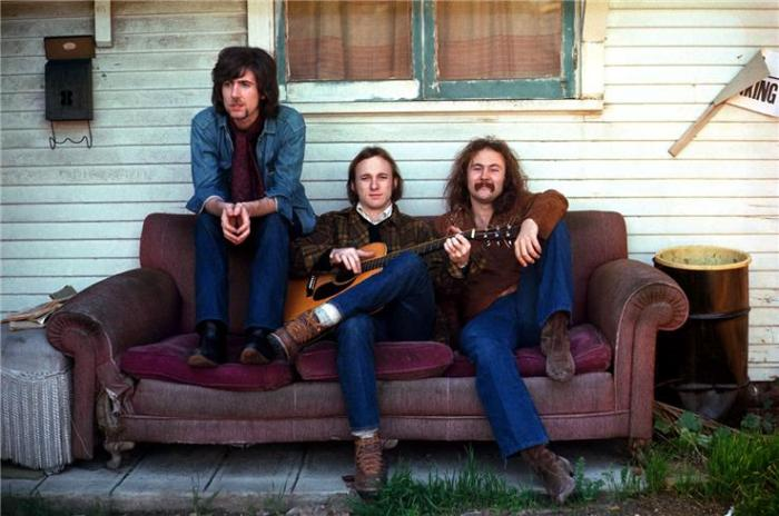 henry diltzCrosby STills Nash CSN couch