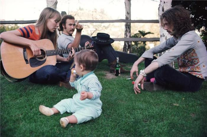 joni mitchell david crosby eric clapton guitar