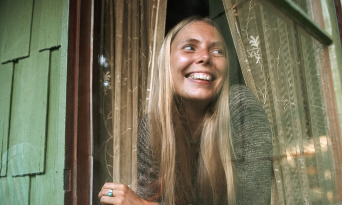 Joni Mitchell in Window