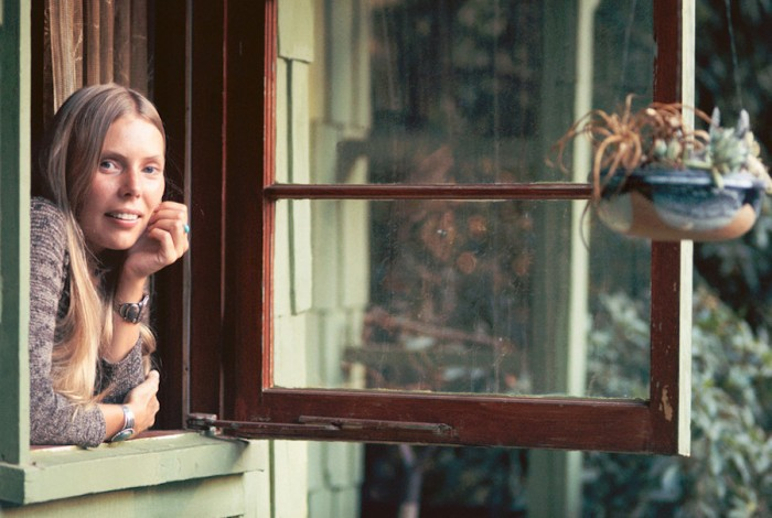 Joni Mitchell home Lookout Mountain Avenue Laurel Canyon 1970 © Henry Dilitz