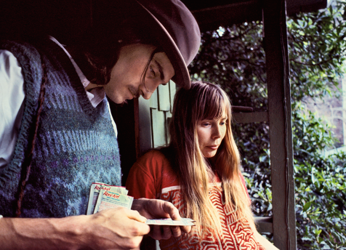 Lookout Mountain James Taylor Joni Mitchell January 1971 © JOEL BERNSTEIN