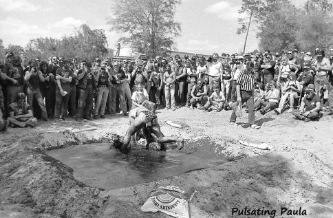 PULSATING PAULA DAYTONA BEACH BIKE WEEK FEMALE LADY BABE MUD WRESTLING PIT 1980S