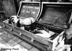 PULSATING PAULA DAYTONA BEACH BIKE WEEK GET A LITTLE PIECE AT THE LAST RESORT 1980S BIKER BABE
