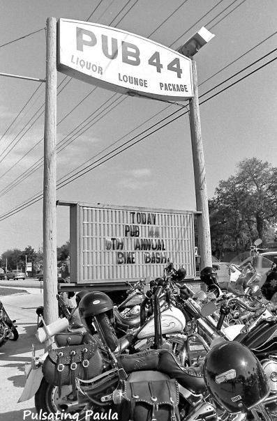 PULSATING PAULA DAYTONA BEACH BIKE WEEK PUB 44 BIKER BAR 1980S