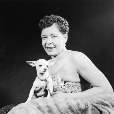 chihuaha-isaac-sutton-famed-jazz-singer-billie-holiday-with-her-pet-chihuahua-1957