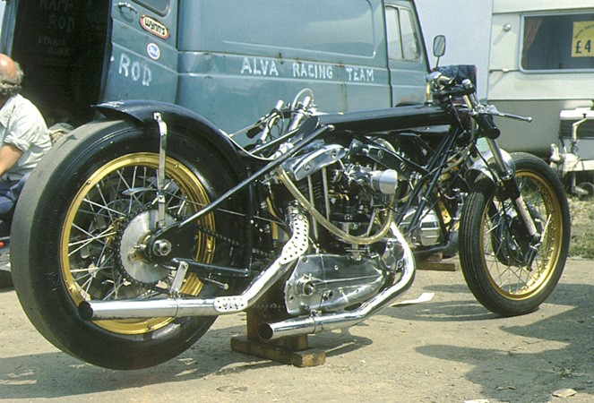 DANNY JOHNSON HARLEY DRAG BIKE 2