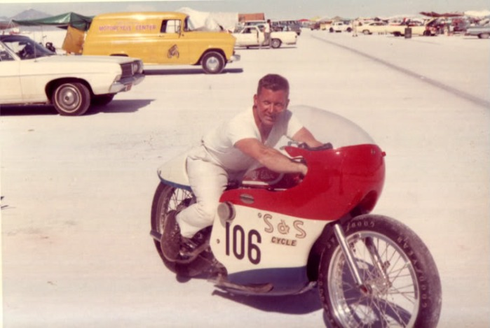 Leo Payne on the bonneville salt