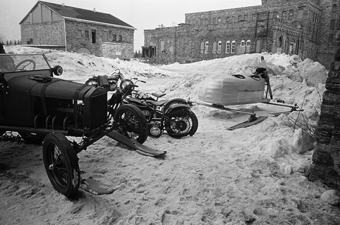 STEPHEN M MARINO THE FROZEN FEW TSY THE SELVEDGE YARD HARLEY-DAVIDSON MOTORCYCLES