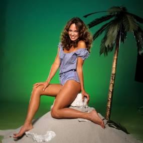 Catherine-Bach-Sexy-Celebrity-Legs-Zeman-00008